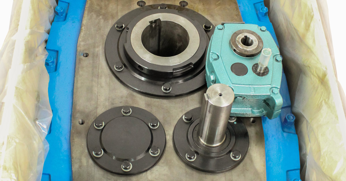 Shaft Mounted Speed Reducers – Hub Bores, Locking Options and Dimensions